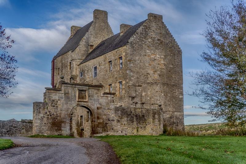Castillo de Midhope es Lallybrock en Outlander