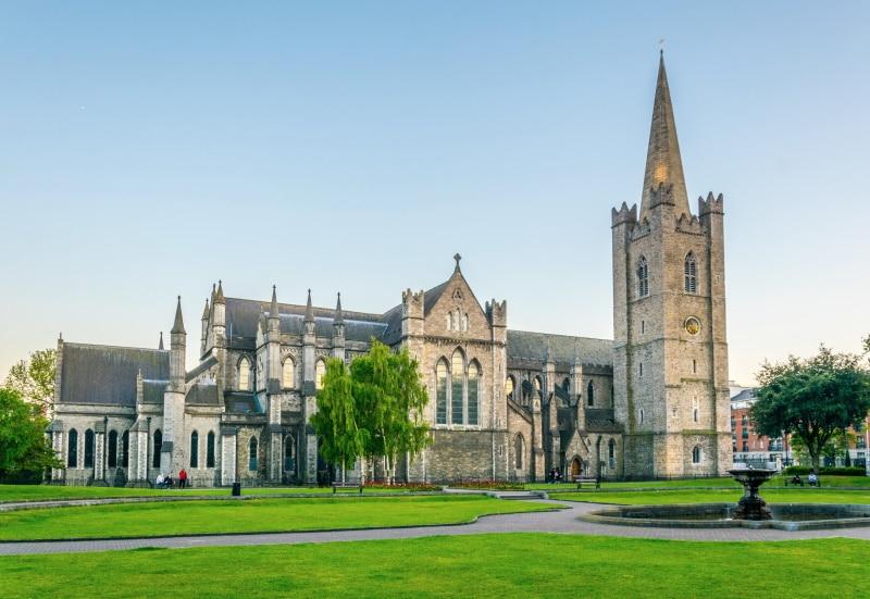 Catedral de San Patricio y su antigüedad medieval