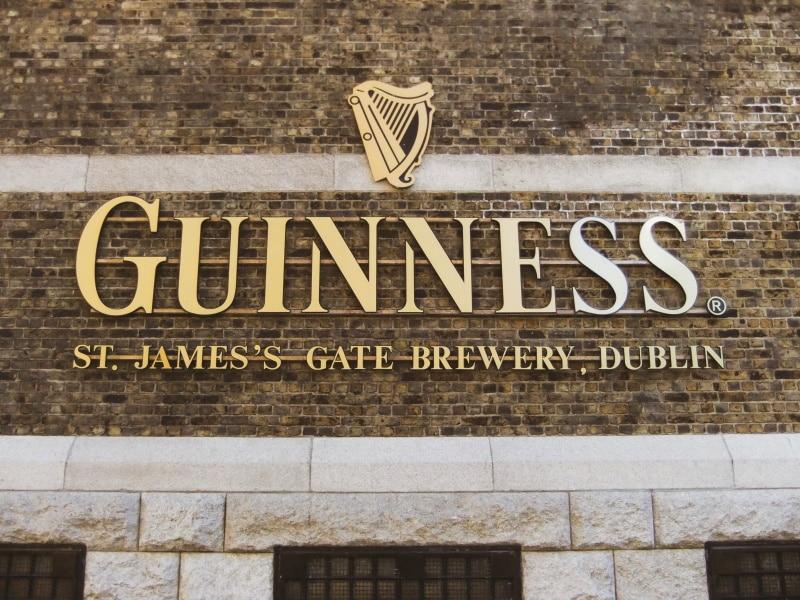 Conoce Guinness Storehouse, uno de los lugares turísticos de Dublín
