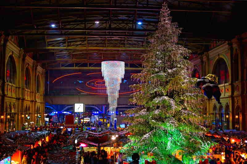 El mercado de Zurich está entre los mercados navideños más famosos de Europa