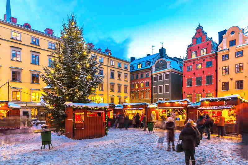 En Estocolmo se encuentra entre los mercados navideños más famosos de Europa