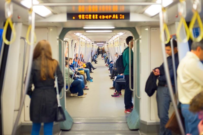 Utilizar el transporte público para conocer la ciudad
