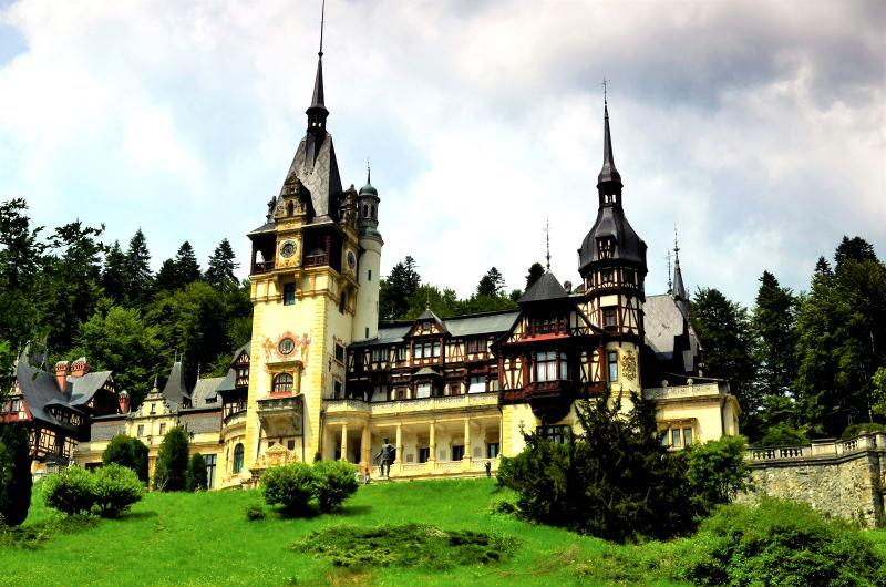 No te pierdas el Castillo de Peles en Rumanía