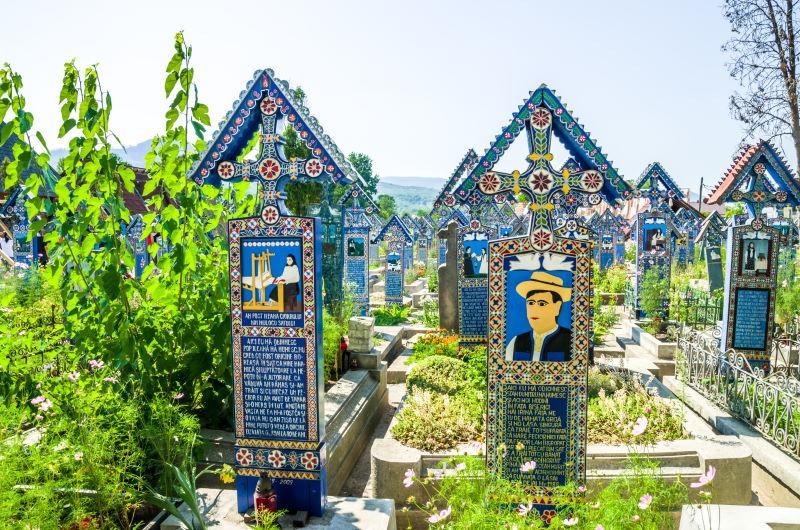 Lugares que visitar en Rumanía, el cementerio de Maramures