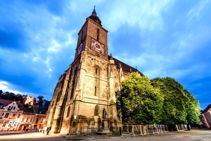 Descubre la Iglesia Negra de Brasov, Rumanía