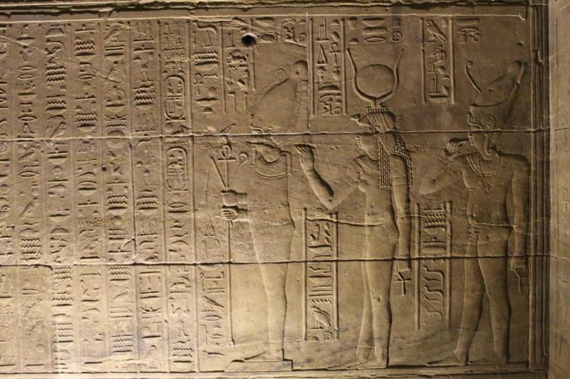 Conoce el Templo de Philae y sus murales antiguos