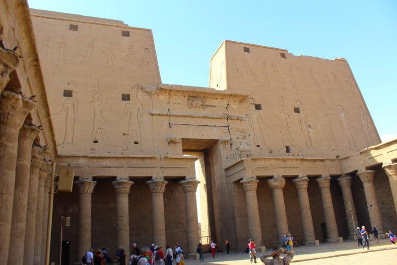 Descubre el Templo de Edfu en Egipto