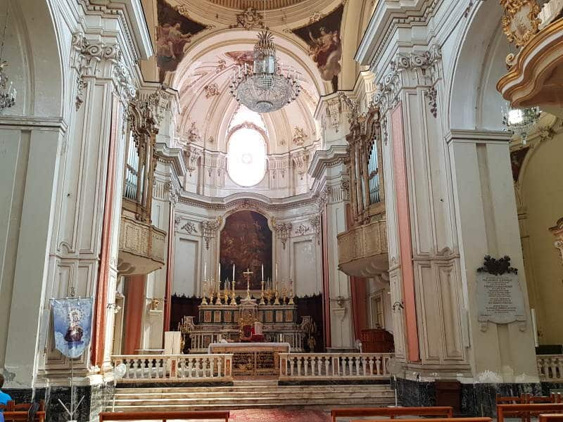 Descubre el interior de la Catedral de Santa Ágata