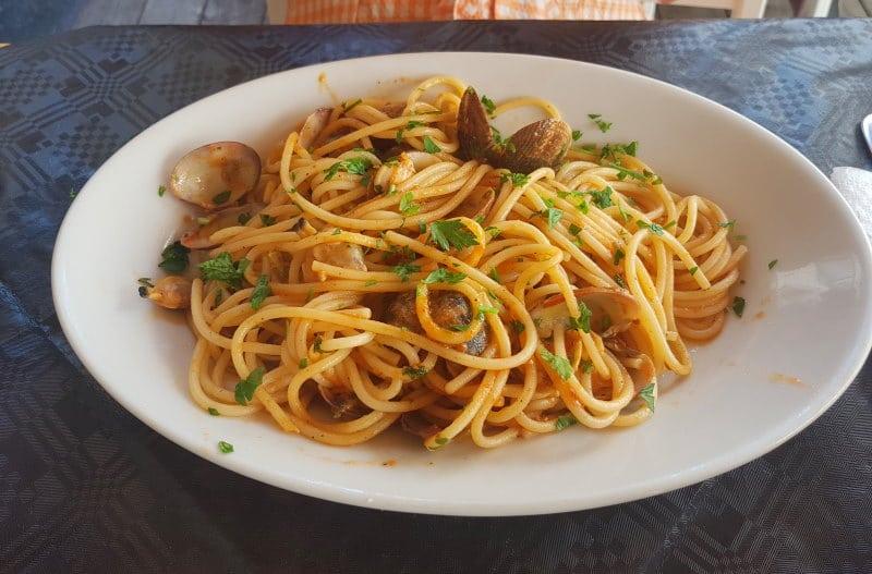 La cantina della Colleggiata, uno de los lugares donde comer en Catania bien y barato