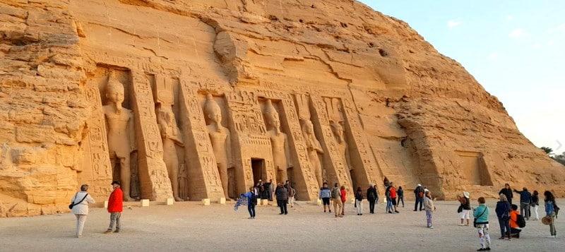 Templo de Nerfertari en el recinto Abu Simbel