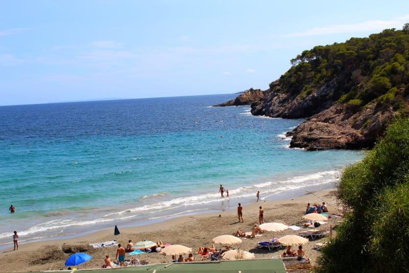 Conoce una de las mejores playas de Ibiza