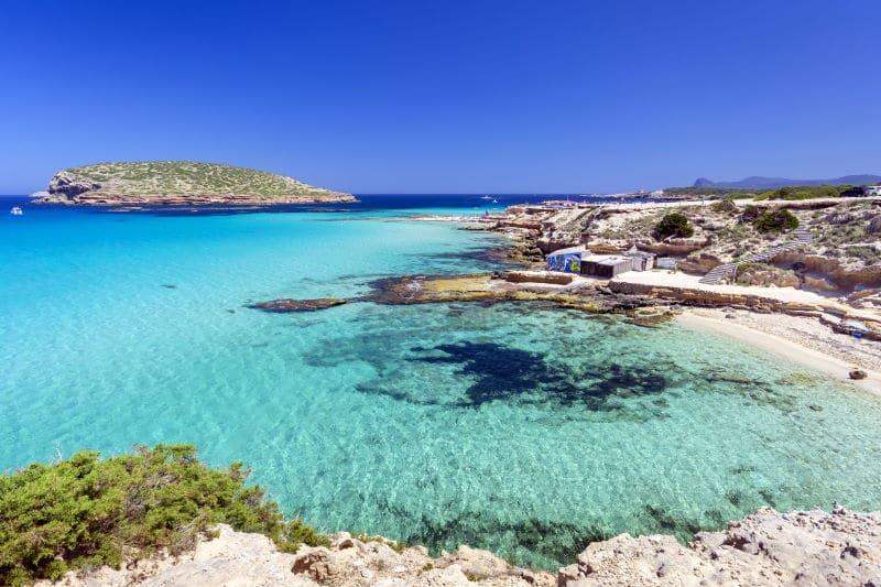 Conoce Cala Comte, una de las más bellas de Ibiza