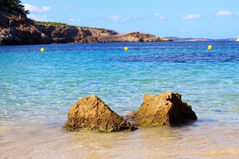 Conoce una de las mejores playas y calas de Ibiza