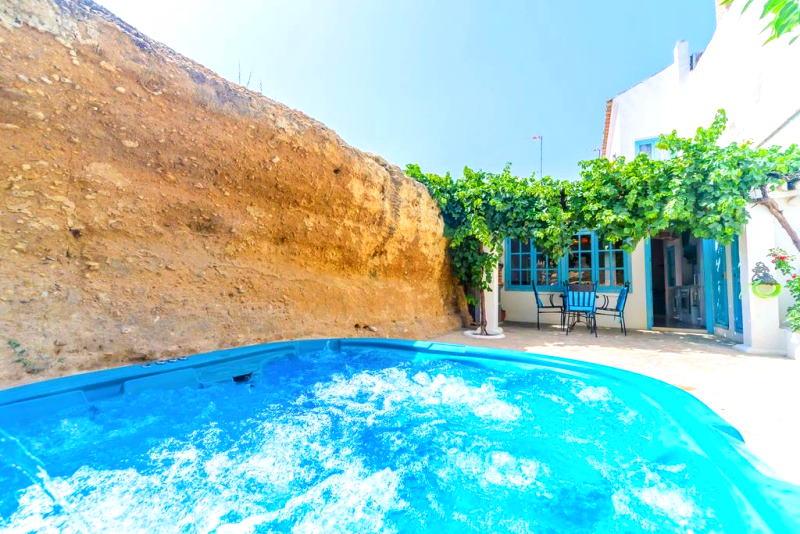 Alójate una de las mejores casas rurales para parejas en España
