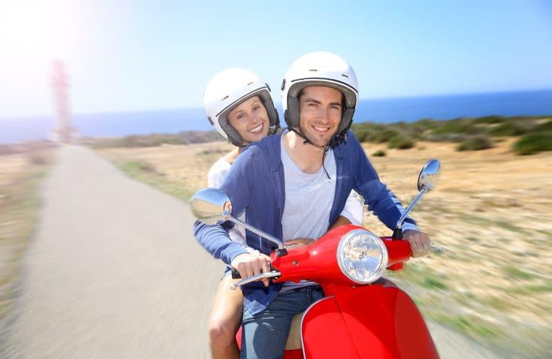 Como alquilar en Formentera moto o coche