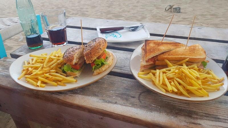 Prueba los sandwiches de Vadella Beach Club