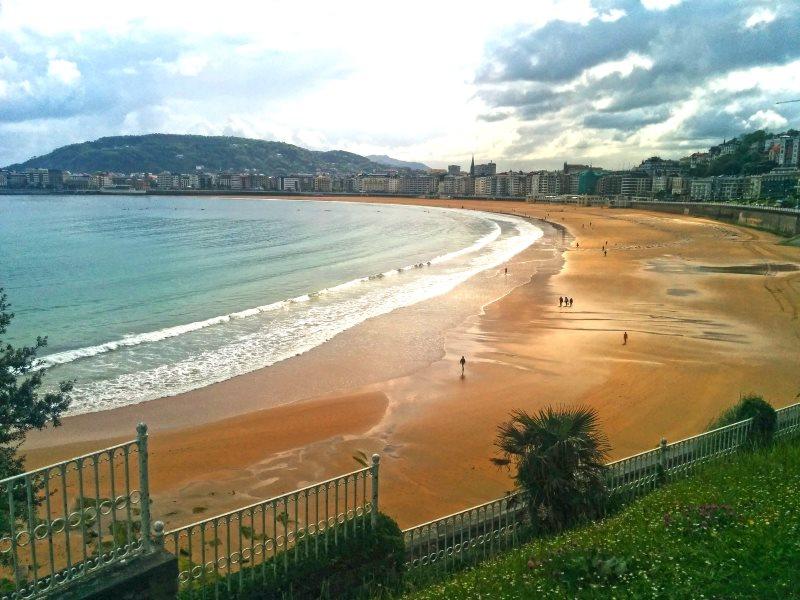 Descubre la playa del Sardinero entre los sitios que ver en Santander