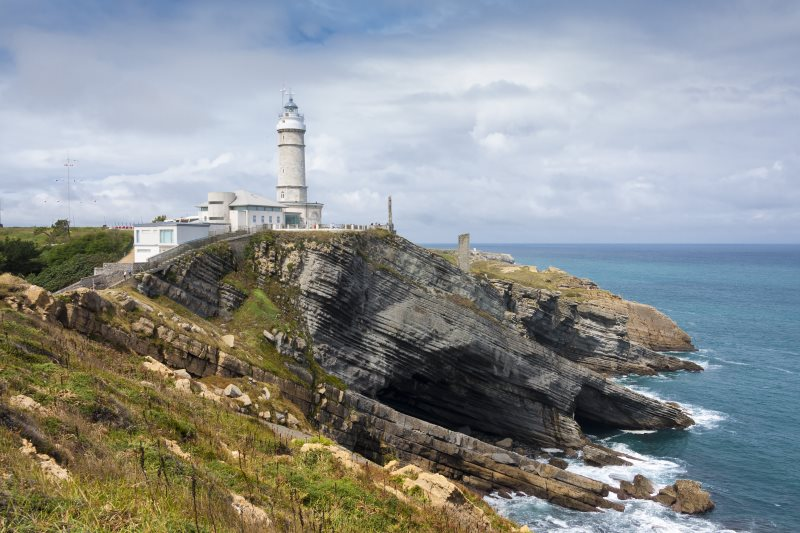 Visita el Faro del Cabo Mayor